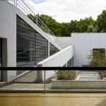 Villa Savoye et loge du jardinier
